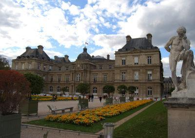 Luxembourg Gardens, 17th century gardens of Luxembourg Palace, home of the Medici Fountain