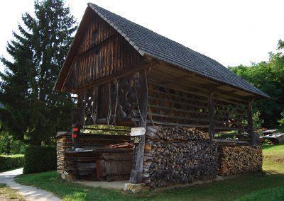 Po poteh dediščine Dolenjske, izvir Krke