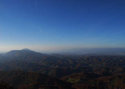Donačka gora, 884 m